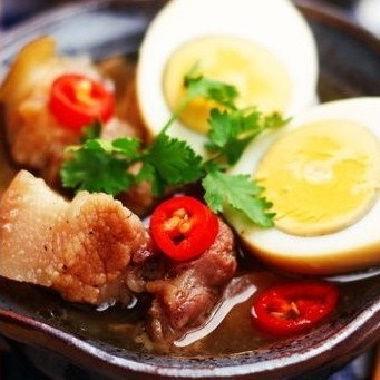 Mách chị em cách bảo quản các món ăn ngày Tết được tươi lâu và giữ hương vị
