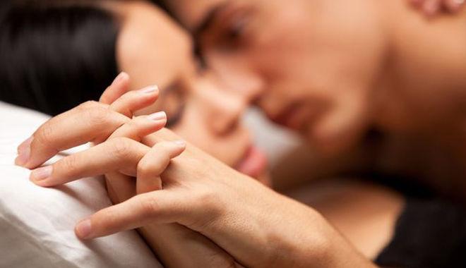 """10 điều phụ nữ tưởng quyến rũ nhưng lại khiến chàng mất hứng khi """"yêu"""""""
