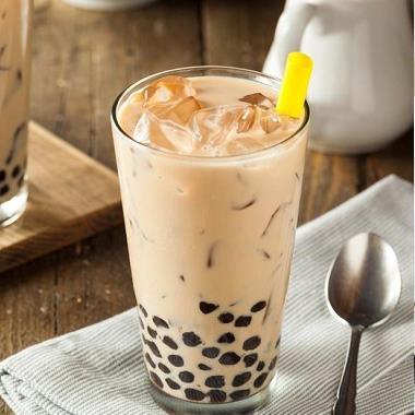 Hết tốn tiền uống trà sữa ở ngoài, chỉ cần ít thời gian bạn đã có ly trà sữa béo ngay tại nhà thumbnail