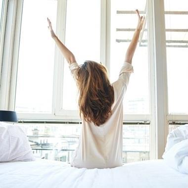 Chỉ 2 phút làm điều này vào mỗi buổi sáng sẽ giúp bạn sống thọ, tránh xa các căn bệnh hiểm nghèo
