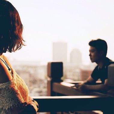 Chàng trai Hà thành nghe lời mẹ chia tay bạn gái vì lí do… không biết chặt gà gây tranh cãi CĐM