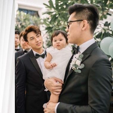 """Chỉ là khách dự đám cưới, Isaac bị fan """"càm ràm"""" vì lý do không đỡ nổi"""