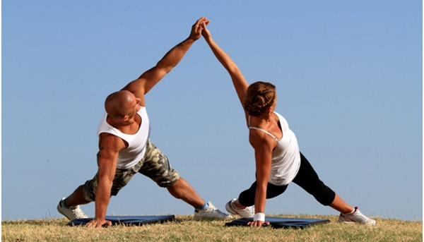Bestie yoga couple 2