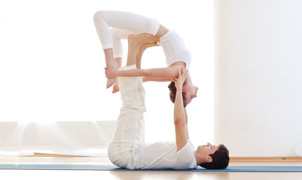 Bestie yoga couple 5