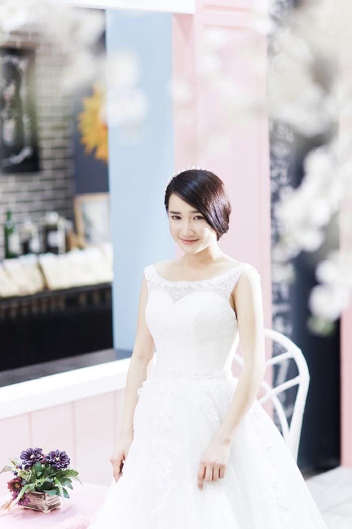 Nhã Phương xinh đẹp trong những bộ áo cưới trước khi cưới Trường Giang