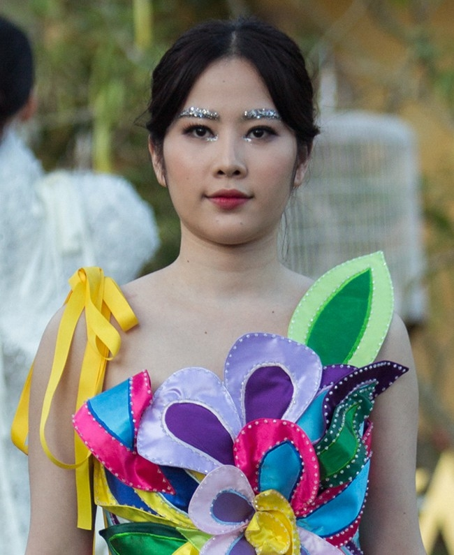 Cung la giam can, Bich Phuong duoc vi nhu con ghe con Nam Em lai beo u the nay day