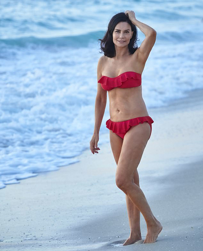 Vóc dáng và làn da của người phụ nữ U70 có 28 năm kiêng đường