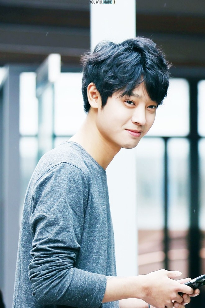Jung Joon Young: Vết trượt dài tội lỗi của ca sĩ lắm tài nhiều tật