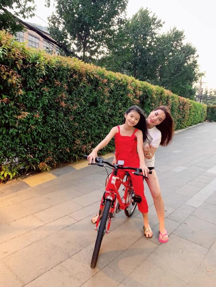 Nhan sắc ra dáng thiếu nữ của những nàng công chúa nhà sao Việt