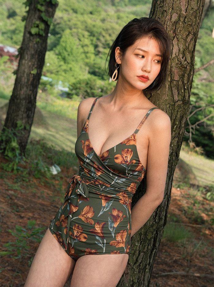 5 mẫu bikini giúp các nàng giấu nhẹm vòng 2 đẫy đà