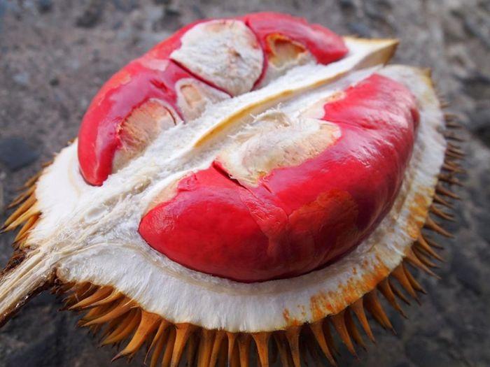 Những loại trái cây có màu sắc cực lạ khác với bình thường