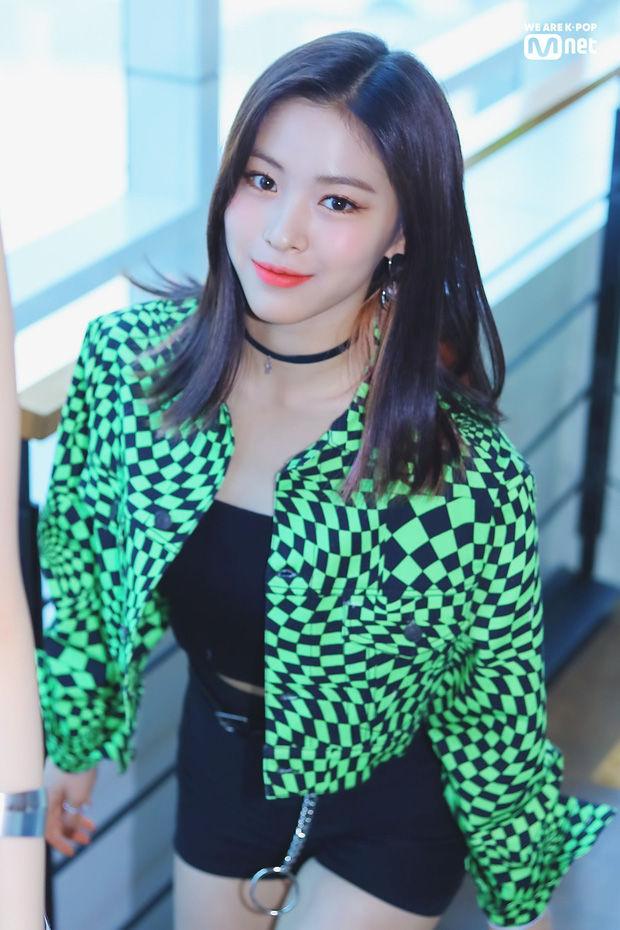 Dàn nữ idol 18 tuổi tài sắc của Kpop: Nhìn So Mi không đùa được đâu
