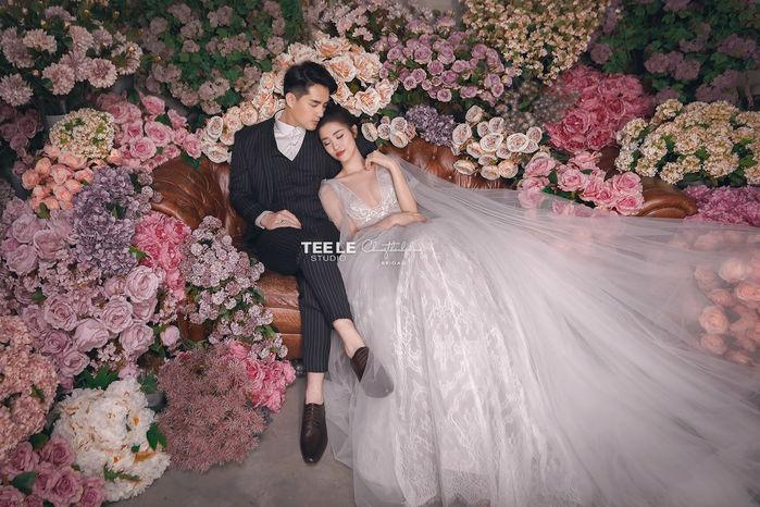 Đông Nhi - Ông Cao Thắng tung ảnh cưới đẹp như vườn cổ tích
