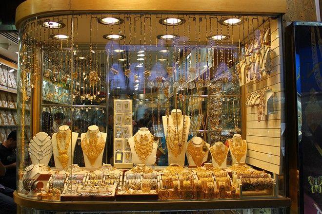 10 khu chợ đặc biệt nhất thế giới: Chợ Cô dâu, chợ phù thuỷ quá kỳ lạ