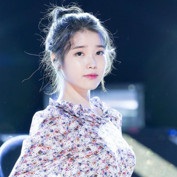 Idol nữ búi tóc củ tỏi: Irene, Ji Soo bùng nổ sự đáng yêu