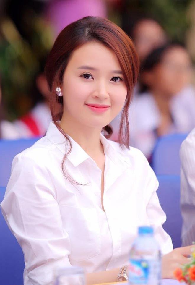 Midu, Phạm Hương và dàn sao Việt xuất thân là giáo viên