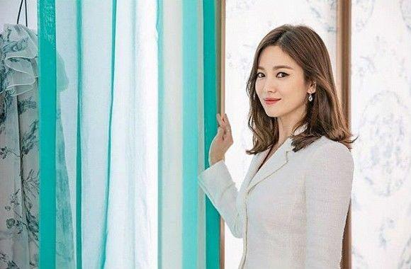 Song Kye Kyo khoe nhan sắc nữ thần hậu ly hôn