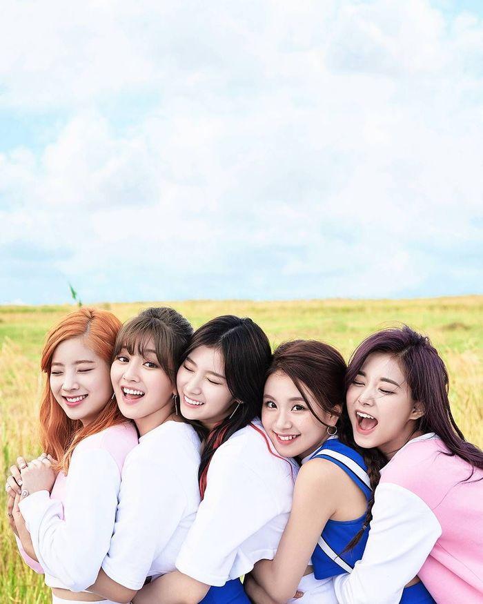 5 nữ trưởng nhóm được lòng khán giả xứ Hàn: Taeyeon và Irene góp mặt