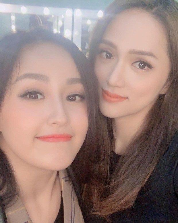 2 Hoa hậu ngực khủng đọ sắc: Mai Phương Thuý hay Hương Giang đỉnh hơn?