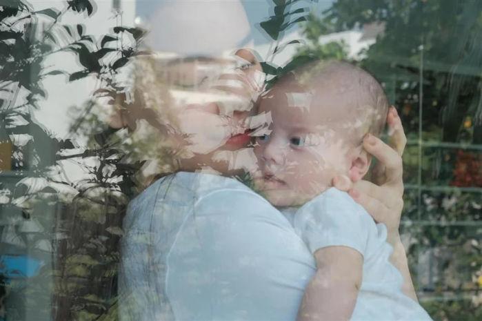 Hồ Ngọc Hà khoe ảnh cận mặt con gái cưng Lisa