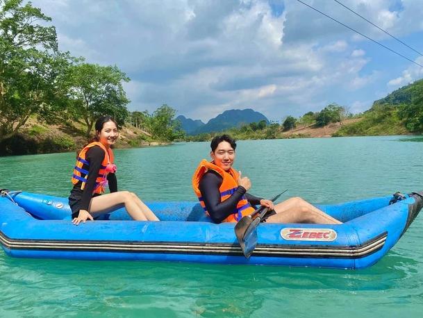 Cặp đôi Việt - Hàn yêu nhau từ cái nhìn đầu tiên