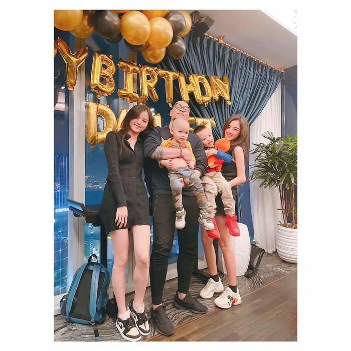 Lâm Á Hân hội ngộ chồng cũ tổ chức sinh nhật cho con trai