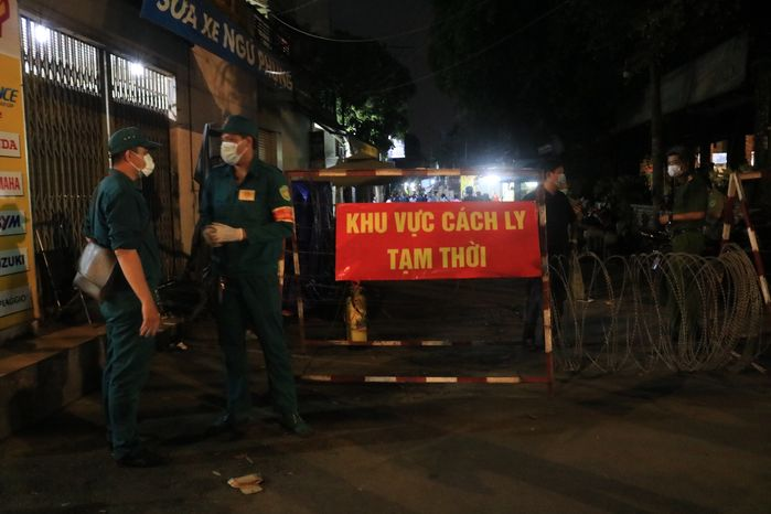 Hỏa tốc: Sân bay Tân Sơn Nhất dừng đón người nhập cảnh từ 27/5