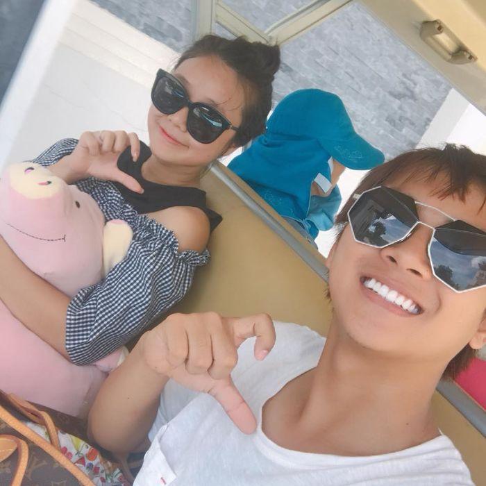 Không chỉ chúc phúc, Hoài Lâm còn giữ lại tất cả ảnh với Cindy Lư