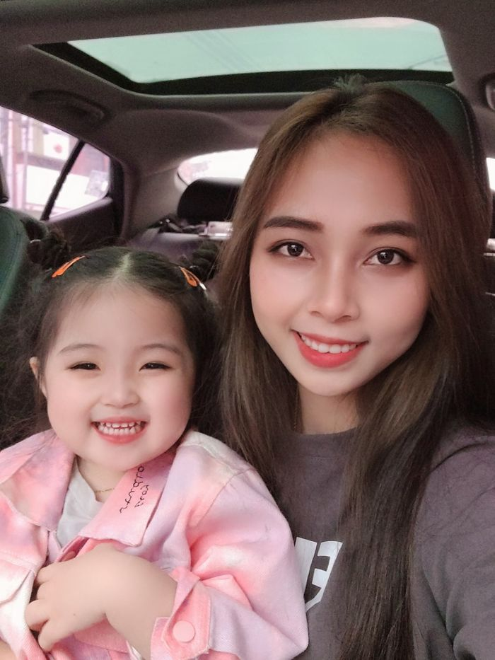 Phát sốt cô bé lai Việt - Hàn sở hữu gương mặt đẹp như tranh